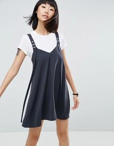 Платье-комбинация мини с пряжкой ASOS - Серый