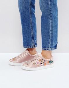 Кроссовки на шнуровке с вышивкой New Look - Розовый