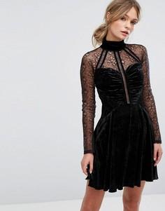 Бархатное платье мини с высоким воротом и кружевом Three Floor - Черный