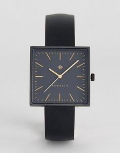 Часы с квадратным циферблатом и черным кожаным ремешком Newgate - Черный