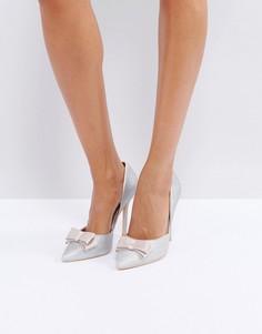 Серебристые блестящие туфли-лодочки с бантом True Decadence - Серебряный
