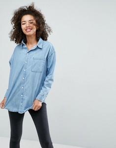 Выбеленная синяя джинсовая рубашка герлфренд ASOS - Синий