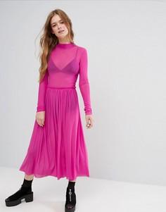Сетчатое платье с воротником-стойкой Monki - Розовый