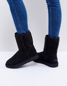 Черные ботинки UGG Classic Short II - Черный