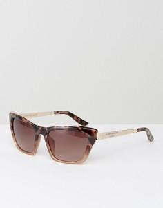 Солнцезащитные очки кошачий глаз с металлической отделкой Kurt Geiger - Золотой