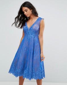 Приталенное кружевное платье миди Forever Unique - Синий