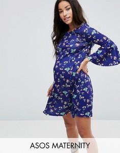 Свободное платье с V-образным вырезом на спине и цветочным принтом ASOS Maternity - Мульти