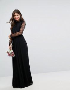 Плиссированное платье макси с высоким воротом и кружевными рукавами TFNC WEDDING - Черный