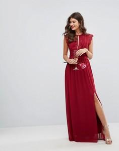 Платье макси с кружевной отделкой TFNC WEDDING - Красный