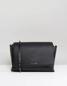 Зернистая сумка через плечо с клапаном Calvin Klein - Черный