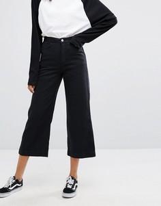 Джинсы с широкими штанинами Weekday - Черный
