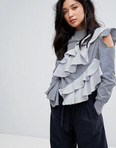 Блузка в полоску с вырезами на плечах и оборками Boohoo - Мульти