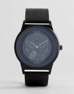 Часы с черным ремешком из искусственной кожи и черепом ASOS - Черный