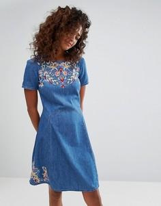 Приталенное джинсовое платье с цветочной вышивкой Espirit - Синий Esprit