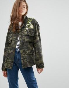 Куртка с камуфляжным принтом Gestuz Bella - Зеленый