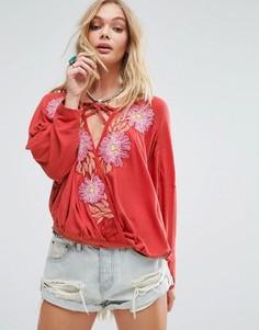 Блузка с вышивкой Free People Gotta Love It - Красный