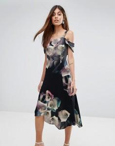 Мягкое приталенное платье с цветочным принтом Coast - Мульти