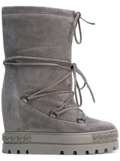 lace-up Chaucer boots Casadei