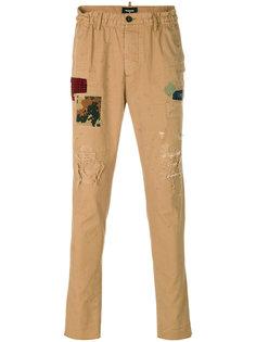 брюки с нашивками Dsquared2