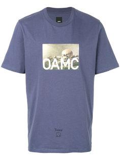 футболка с принтом-логотипом Oamc