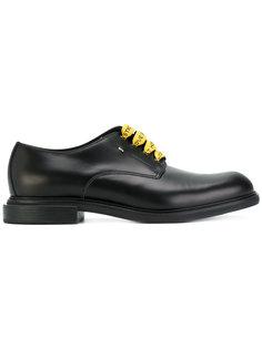 туфли на шнуровке Fendi