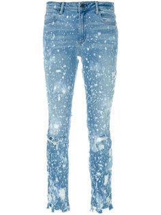 состаренные джинсы с брызгами краски  Alexander Wang