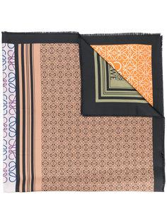 платок с принтом Loewe