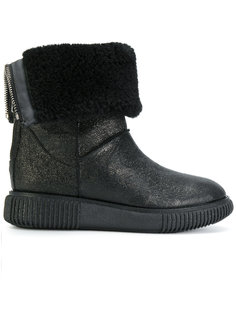 ботинки с овечьей шерстью Moncler