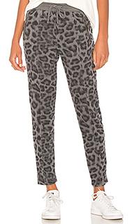 Спортивные брюки с леопардовым принтом - Splendid