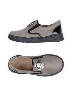 Низкие кеды и кроссовки GF Ferre