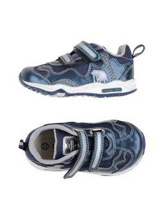 Низкие кеды и кроссовки Primigi