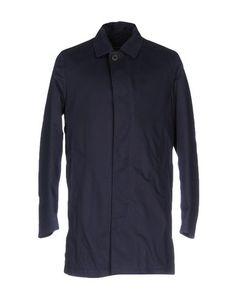 Легкое пальто Oscar Jacobson