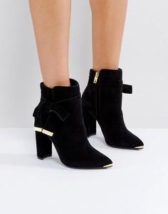 Черные замшевые ботинки на каблуке Ted Baker Sailly - Черный