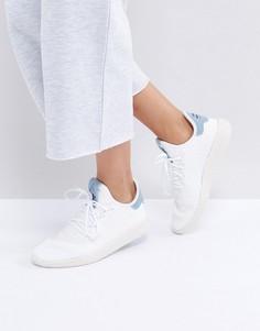 Белые кроссовки с голубыми вставками adidas Originals X Pharrell Williams HU - Белый