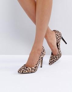 Туфли-лодочки с острым носком и леопардовым принтом Head Over Heels by Dune Allice - Мульти