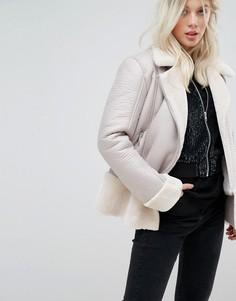 Куртка-авиатор с отделкой из искусственной овечьей шерсти Miss Selfridge - Красный