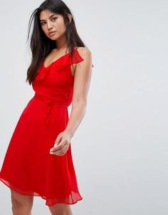 Приталенное платье с оборкой и поясом Zibi London - Красный
