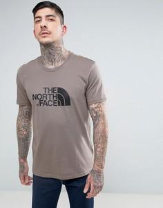 Коричневая футболка The North Face - Коричневый