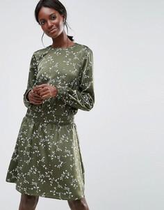 Короткое приталенное платье с эластичным поясом Y.A.S - Зеленый