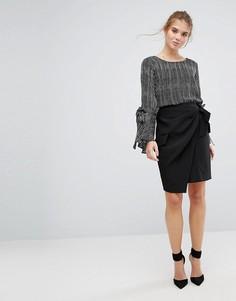 Плиссированная юбка с запахом и завязкой на поясе Closet - Черный