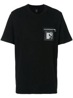 футболка с карманом на молнии Oamc