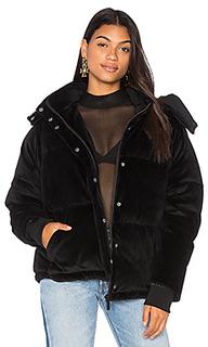 Объемная стеганая куртка из бархата - KENDALL + KYLIE