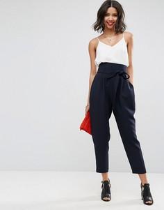 Суженные книзу брюки с завышенной талией и поясом ASOS Tailored - Темно-синий