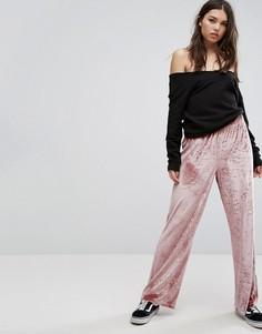 Бархатные широкие брюки ASOS - Розовый