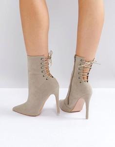 Серые ботильоны на каблуке и шнуровке Public Desire - Серый