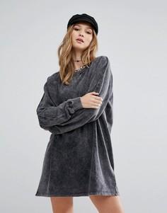 Серое платье-футболка с эффектом кислотной стирки Daisy Street - Серый