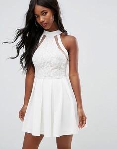 Белое короткое приталенное платье с кружевным топом Girl In Mind Daniella - Белый