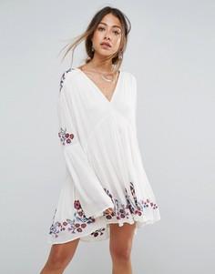 Платье с вышивкой Free People Te Amo - Мульти