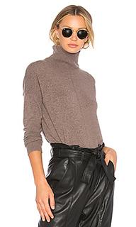 Объемный асимметричный свитер - Autumn Cashmere