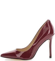 Лаковые туфли на шпильке Guess